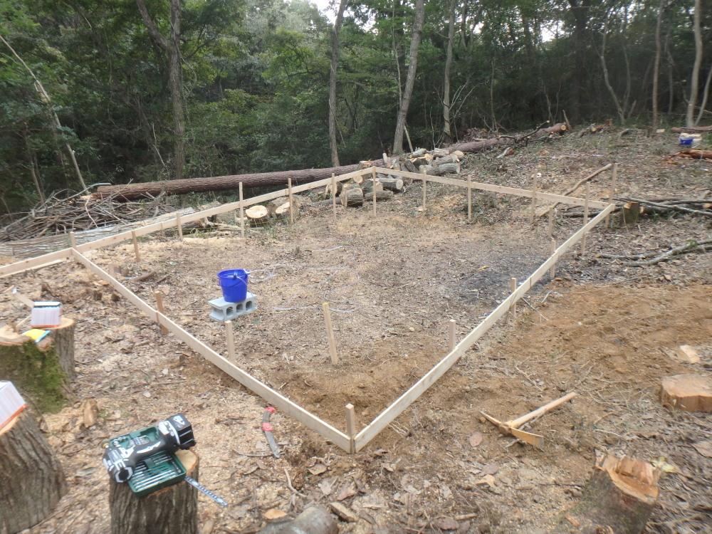 小屋のDIY日誌 遣り方・丁張・水盛りで大地に水平面を作る